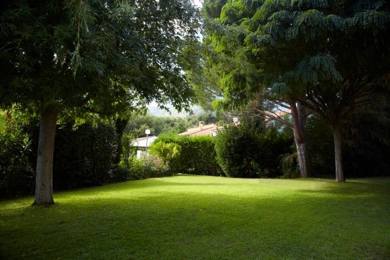 Villa i syd Frankrike - nydelig hage